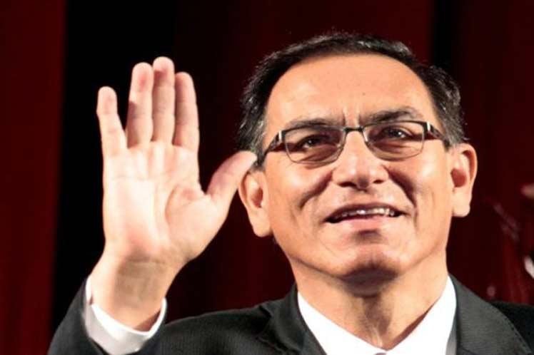Vizcarra recurre a Corte Constitucional para paralizar proceso de destitución