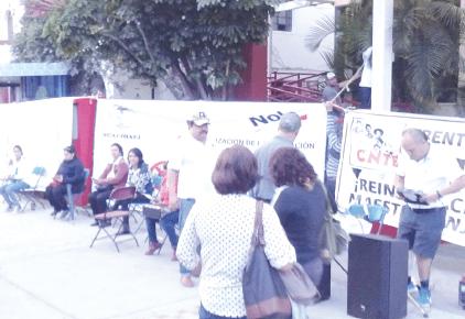 Docentes toman edificio del COBAEJ | La Crónica de Hoy - Jalisco
