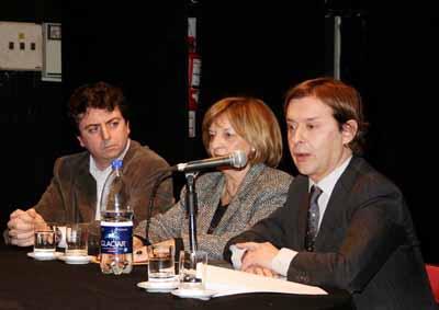 Carlos Brandeiro, primeiro pola esquerda nun acto das Letras Galegas en Buenos Aires