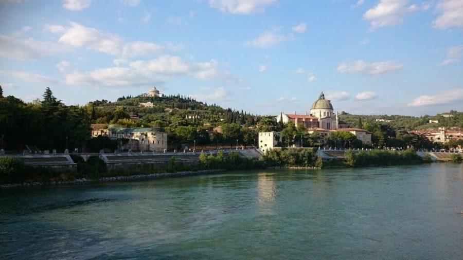 Qué ver en Verona en un día. Colina di San Pietro con Castillo del mismo nombre y anfiteatro romano.