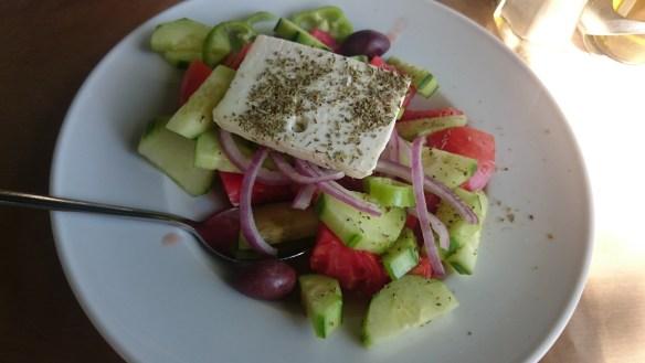 Atenas en 3 días. A comer ensaladita griega.