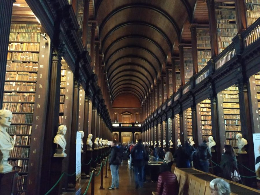 Qué ver en Dublín. Biblioteca del Trinity College.