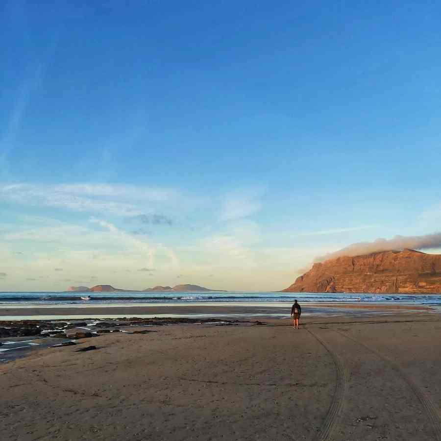 Mejores playas de Lanzarote. Playa de Famara.