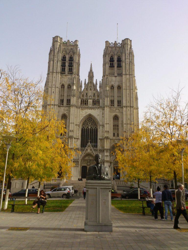 Qué ver en un día en Bruselas. Catedral de San Miguel y de Santa Úbeda.