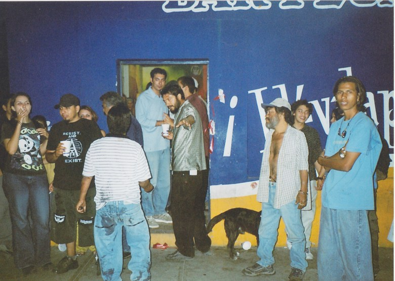 Pluma Blanca 2003
