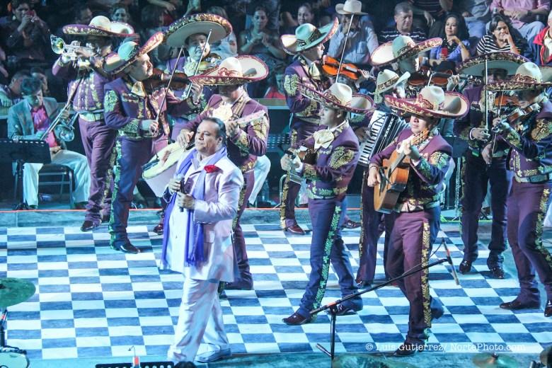 Juan Gabriel se presento en el area de Palenque de la Feria de Durango 2012. 20/jul/2012.DURANGO*MEXICO* **Photo:©***C.Marquez/NortePhoto.com** **CREDITO*OBLIGATORIO** *No*Venta*A*Terceros* *No*Sale*So*third* ***No*Se*Permite*Hacer Archivo***No*Sale*So*third*©Imagenes*