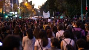 Multitud de Personas en la Marcha Feminista del 08/03/2019