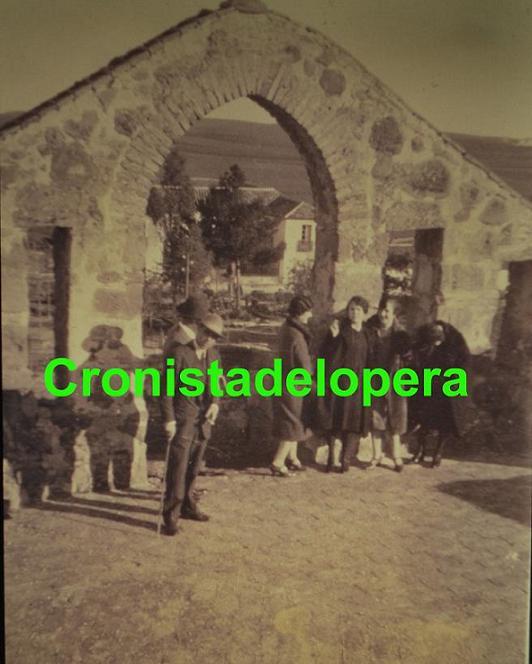 20120831100726-espadana-copia.jpg