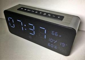 AlarmClockRadio 9999