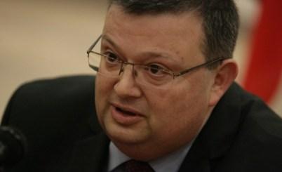 Депутатът Мартинов искал 4 т суджук за премиера Борисов