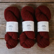 Biches-le-gros-lambswool-dark-red