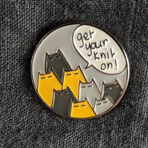 An Caitin Beag get your knit on pin