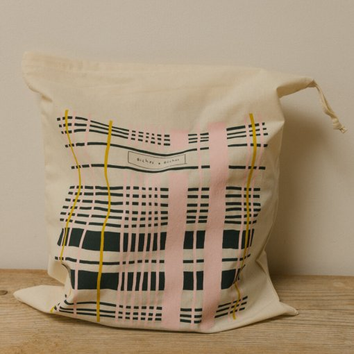 Biches & Buches Project Pouch