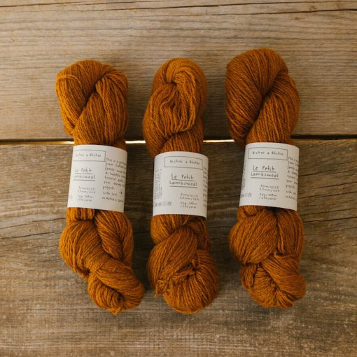 Biches & Bûches Le Petit lambswool Soft orange brown