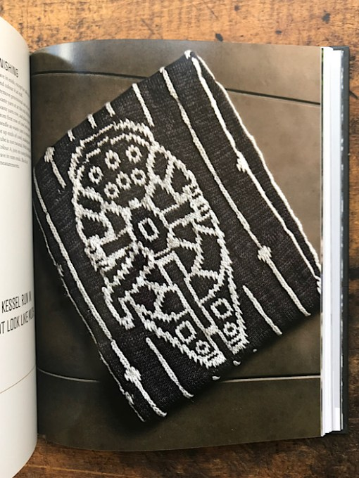Project example from Star Wars the Knitting Galaxy -Tanis Gray