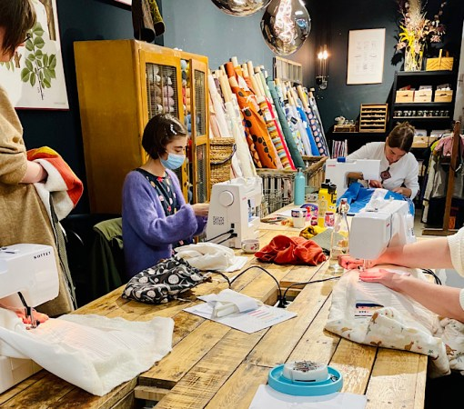 sewing at the Workshop: Make a Mini Quilt in a Day by Cocowawa Crafts