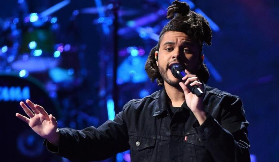 The+Weeknd+performs+at+the+2015+iHeartRadio+Music+Festival+at+MGM+Grand+Garden+Arena+on+September+19%2C+2015+in+Las+Vegas.