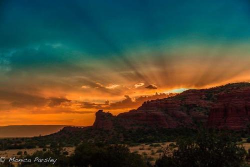 Sedona sunset tour, mystic vision, Sedona retreat, shamanic journey, vortex tour