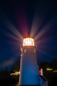 Umpqua River Lighthouse by Anita Ritenour @Flickr and released under this licence.