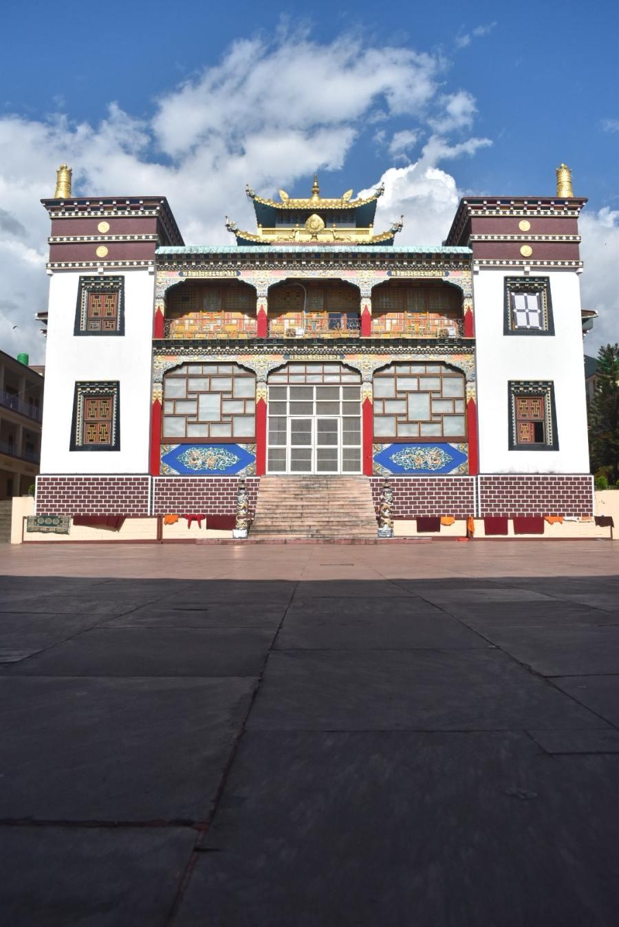 Nyingyang Monastery in Chaugan
