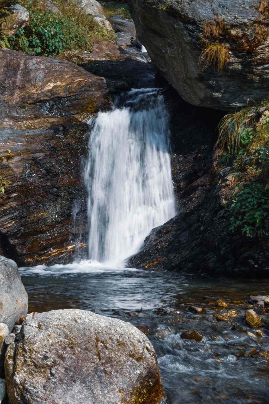 Bir Billing- trek to Gunehar waterfall