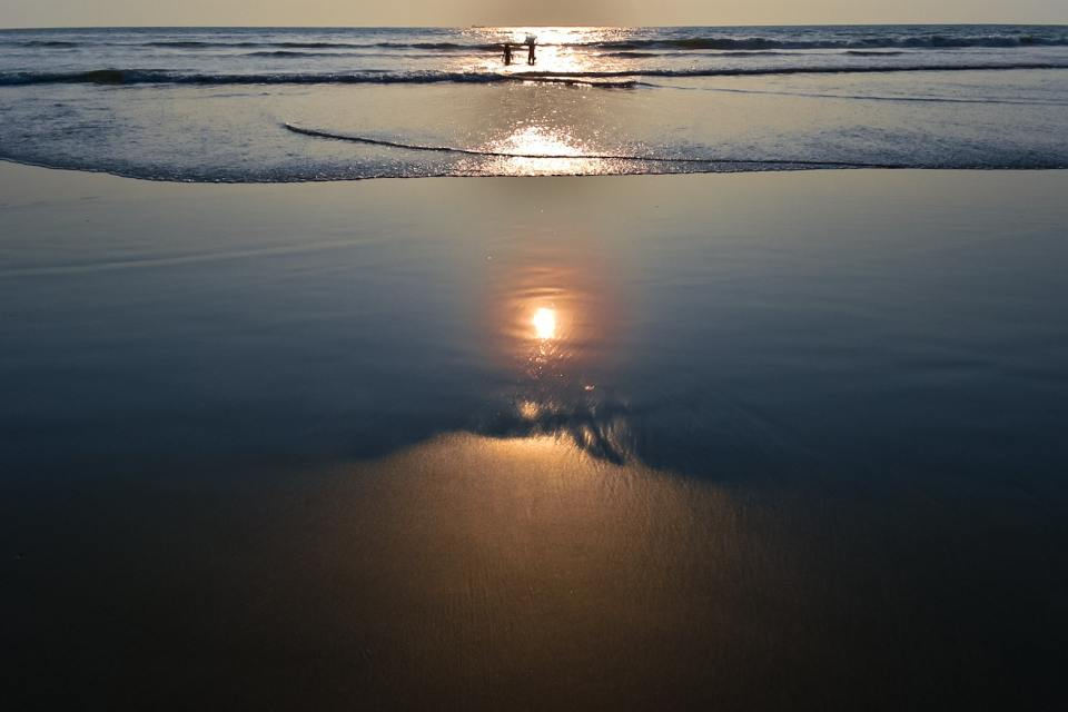 Walk along the Seashore during Sunset in your Solo Trip to Goa