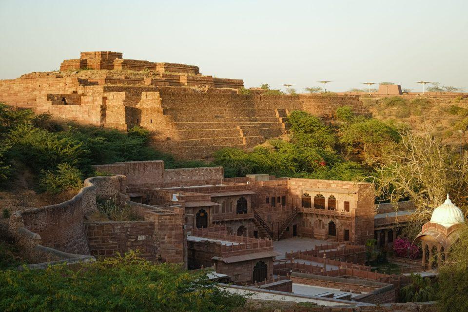 Explore Mandore Garden in your 48hrs in Jodhpur Blue City