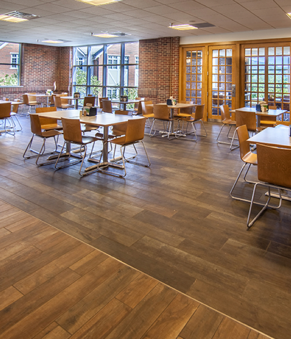 the guerry dining hall at the baylor school