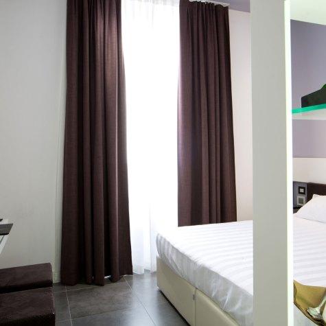 crosti-hotel-sliderhome04