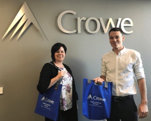 crowe bags and ssign