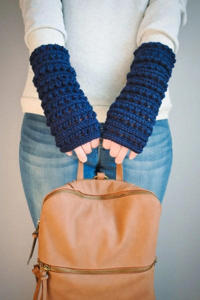 mattina crochet fingerless gloves pattern