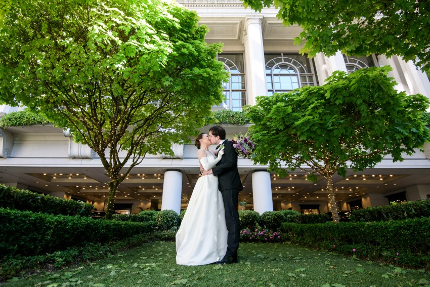 Portrait in the courtyard of the Fairmont hotel