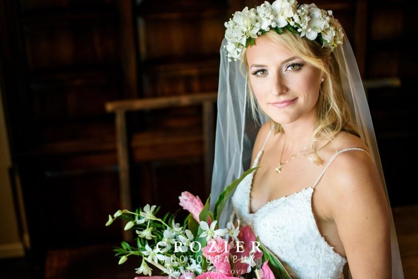 bride and Hawaiian wreath and flowers