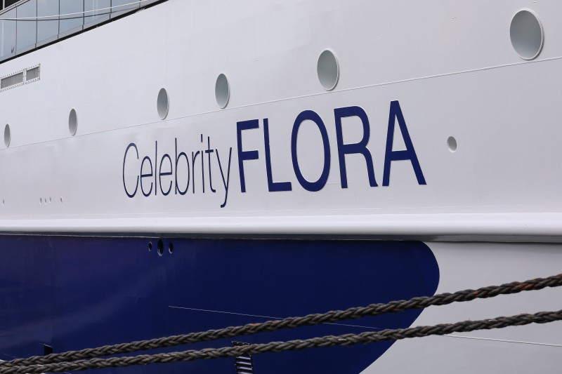 Celebrity-Flora-Ship-Name CELEBRITY FLORA an Reederei übergeben