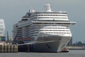 Cruise Terminal Hafencity - MSC Splendida