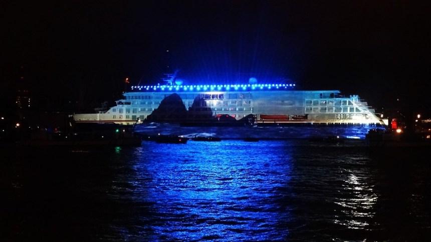 DSC08756 Die vielleicht außergewöhnlichste Schiffstaufe des Jahres