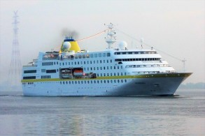 Hamburg-001-1 MS HAMBURG
