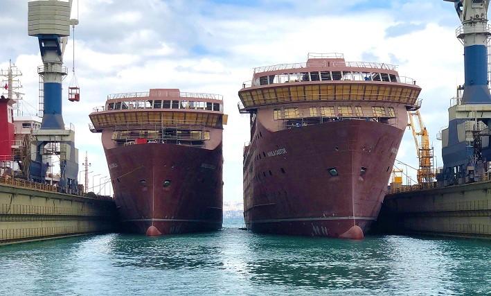 Launch-Capella-and-castor_lr Erste beiden Schiffe für Havila Kystruten ausgedockt