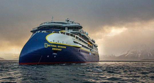 Seven_Seas_Splendor-wikipedia-1 Abgelieferte Kreuzfahrtschiffe 2020
