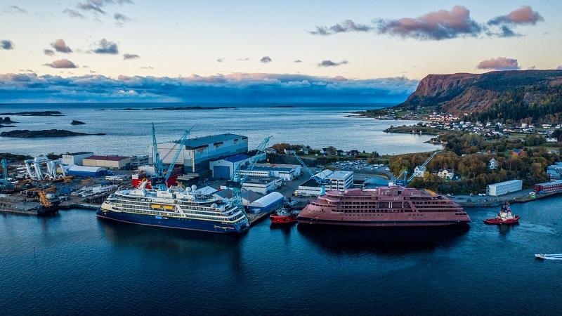 Oclin-Ulstein-Lindblad2-0773_rev2 Expeditionskreuzfahrtschiff zum End-Ausbau in Norwegen