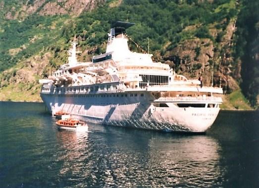 01-Pacific-Princess MS PACIFIC PRINCESS