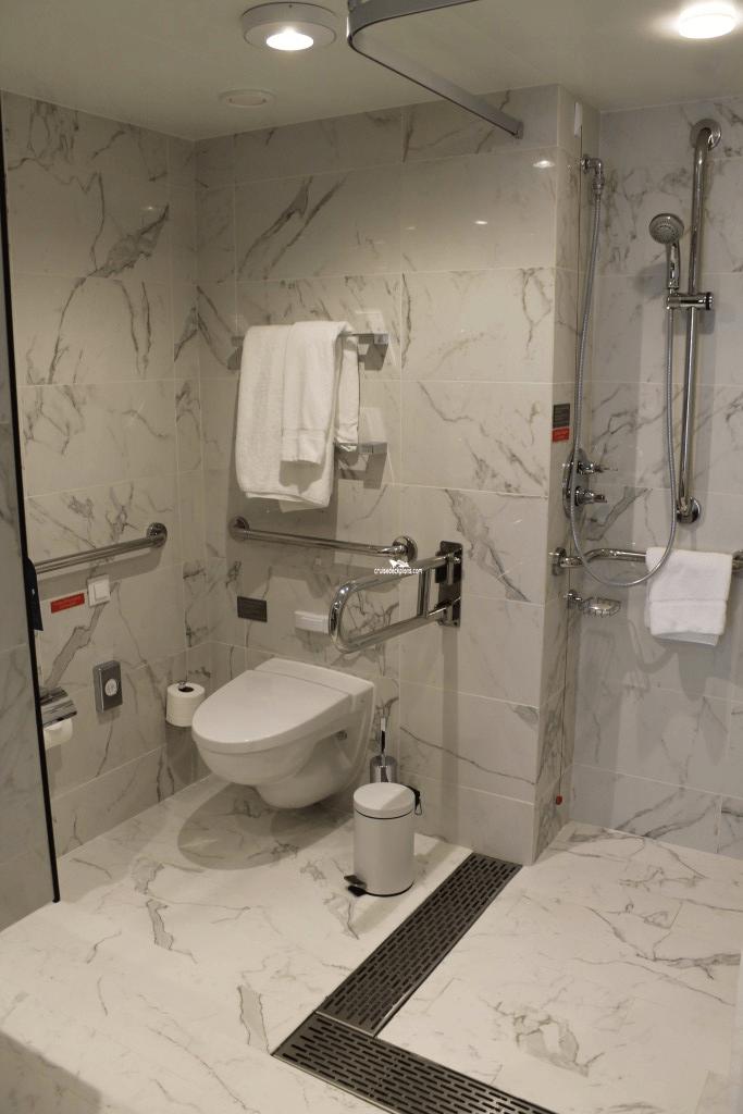 Britannia Suite Details