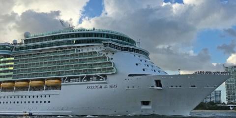 Freedom of the Seas Departing Port Everglades ©CruiseInd