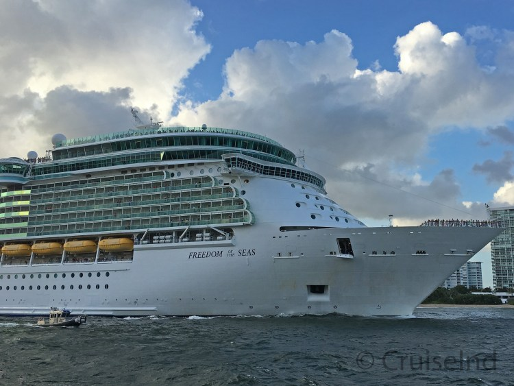 Freedom of the Seas Departing Port Everglades ©CruiseInd