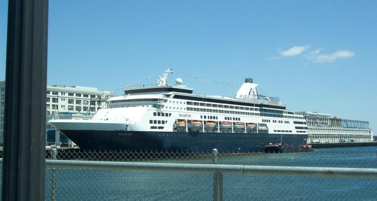 Maasdam Breaks Down In Boston Harbor CruiseInd - Cruise ships out of boston