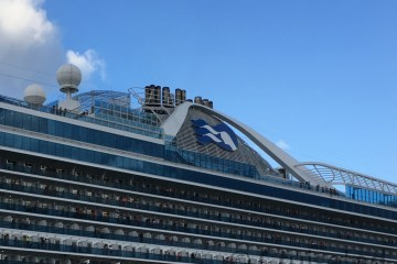 Princess logo on Caribbean Princess ©CruiseInd
