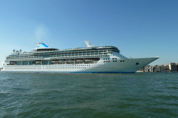 splendour of the seas TUI Cruises Thomson cruises Thomson Discovery