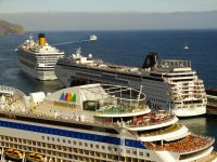 The major brands will continue to get new megaships into the future. (photo: Sergio Ferreira)