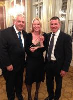 Karin Niehoff van Zeetours met Francis Riley en Andy Stuart (NCL)
