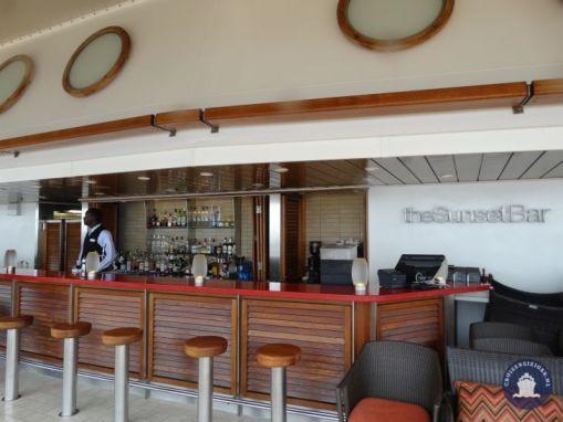 The Sunset Bar aan de achterkant van het schip